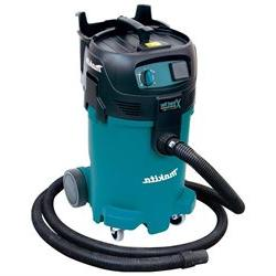 Makita VC4710 Xtract Vac 12-Gallon Wet/Dry Commercial Vacuum