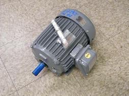 Kaeser SX7 7.5 hp rotary screw air compressor w/ tank TA8 dr